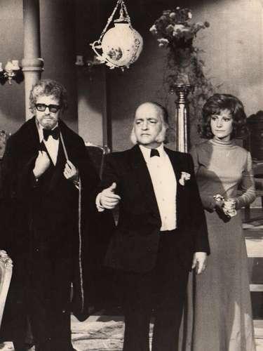 'Teatro popular Caracol'.En 1972, el director Jaime Botero creó un espacio en televisión para proyectar las obras de grandes directores de la literatura universal interpretadas por los grandes actores del momento.