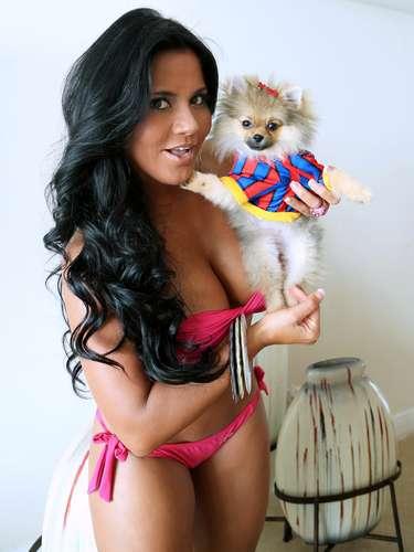 Maripily Rivera es fiel amante de los perritos y siempre va con ellos a todas partes