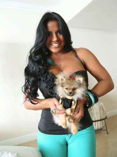 Maripily Rivera, la mujer que encanta por su sencilez, belleza, curvas y ¿porqué no? también por ¡sus músculos!
