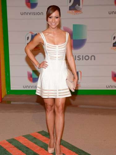 La periodista ganadora del Emmy, Satcha Pretto se robó varios suspiros con este modelito.