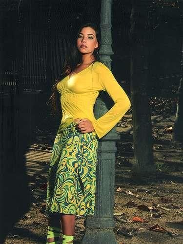 Jennifer Setti is the spectacular wife of Botafogo coach Oswaldo de Oliveira.