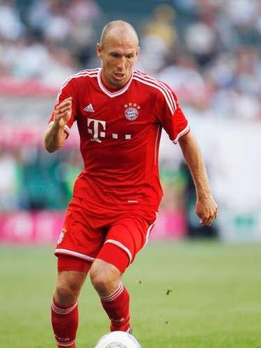 El futbolista holandés Arjen Robben está catalogado como uno de los mejores zurdos del momento, aunque fue blanco de muchas críticas al fallar varias jugadas de gol en la final del Mundial de Sudáfrica en 2010, pero se reivindicó en la final de la Champions League al darle el título sobre el Borussia Dortmund.