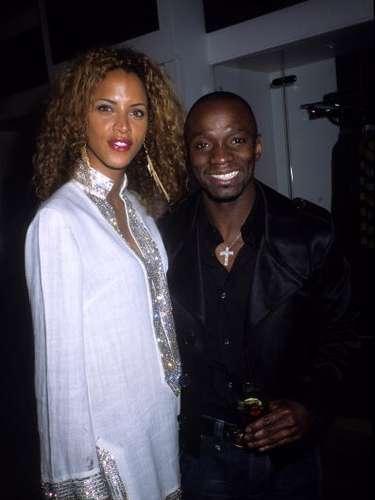 Ella fue pareja de Makélélé desde la primavera de 2004, pero nunca estuvieron casados, pese a los rumores. Juntos tuvieron un hijo, Kelyansyl, nacido en febrero de 2005.