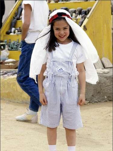 Esta simpática niña que posa sonriente con un turbante en 'El Cairo' no es otra que la 'it girl'Tamara Falcó.