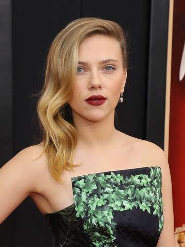 Scarlett Johansson fue de las mejor vestidas y más elegantes de la noche