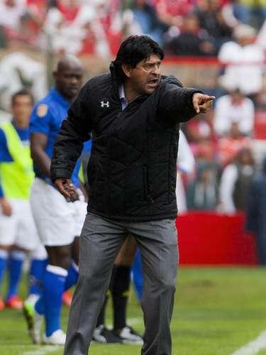 José Cardozo dio indicaciones constantemente.