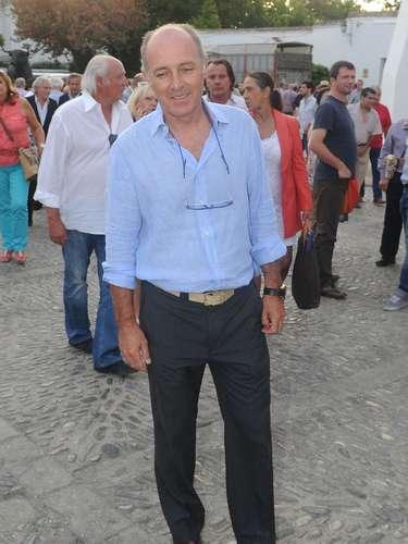 El cantante José Manuel Soto es tío de la prometida de Francisco Rivera, la jóven de 28 años Lourdes Montes.
