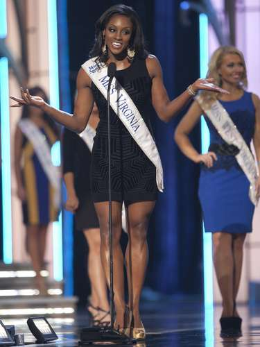Miss America 2014 contestant, Miss Virginia Desiree Williams during the Miss America Pageant in Atlantic City, New Jersey, September 10, 2013. Miss America will be crowned during the final ceremony on Sunday, September 15.  REUTERS/Carlo Allegri (UNITED STATES - Tags: ENTERTAINMENT)