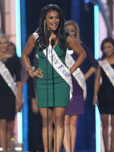 Miss America 2014 contestant, Miss New York Nina Davuluri competes in a preliminary round during the Miss America Pageant in Atlantic City, New Jersey, September 10, 2013. Miss America will be crowned during the final ceremony on Sunday, September 15.    REUTERS/Carlo Allegri  (UNITED STATES - Tags: ENTERTAINMENT)