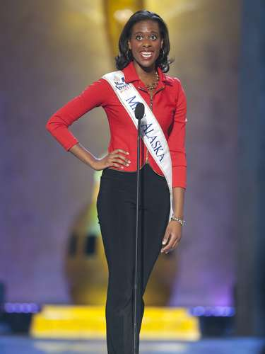 Miss America 2014 contestant, Miss Alaska Michelle Taylor, competes in a preliminary round during the Miss America Pageant in Atlantic City, New Jersey, September 10, 2013. Miss America will be crowned during the final ceremony on Sunday, September 15.    REUTERS/Carlo Allegri  (UNITED STATES - Tags: ENTERTAINMENT)