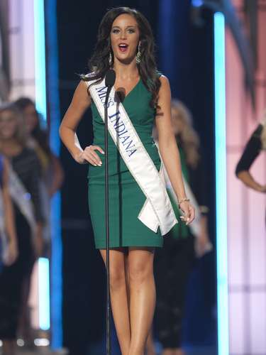 Miss America 2014 contestant, Miss Indiana Terrin Thomas competes in a preliminary round during the Miss America Pageant in Atlantic City, New Jersey, September 10, 2013. Miss America will be crowned during the final ceremony on Sunday, September 15.    REUTERS/Carlo Allegri  (UNITED STATES - Tags: ENTERTAINMENT)