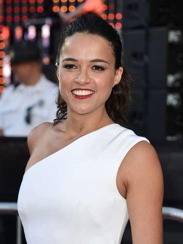 Michelle Rodríguez habló sobre sus preferencias sexuales y abiertamente dijo que es bisexual a la revista Entertainment Weekly
