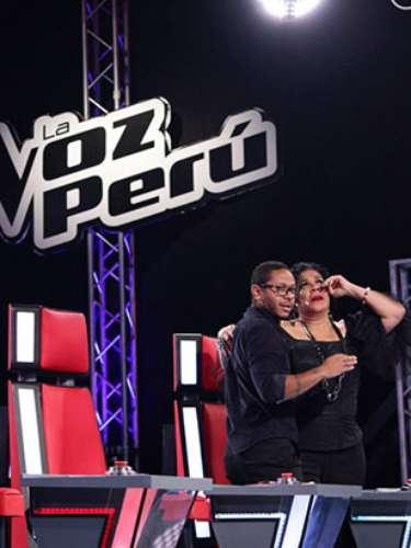 María Pía Espejo se inclinó por Jerry Rivera como su entrenador, ocasionando que Eva ''llore'' sobre los hombros de Kalimba.