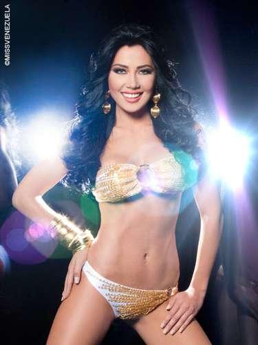 Miss Táchira - Georgina de Jesús Mazzeo Ramírez. Tiene 21 años de edad, mide 1,76 metros de estatura y su ciudad natal es Santa Bárbara del Zulia