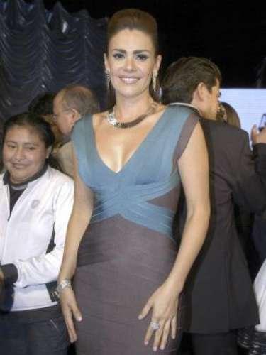 Luz Elena González posó con poca ropa para la revista 'H' ydejó a todos boquiabiertos con su cuerpazo.