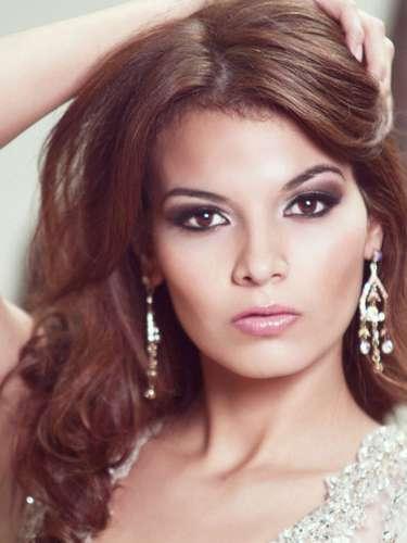 Eslpléndida latina  Miss El Salvador, Alba Maricela Delgado Rubio. Tiene 22 años de edad y reside en San Salvador.