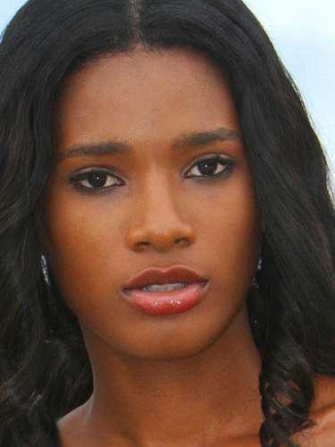 Divina Miss  Haití, Mondiana J'hanne Pierre. Tiene 19 años de edad y reside en Puerto Príncipe.