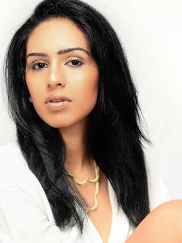 Exótica gracia tiene Miss Sri Lanka, Amanda Marietta Rathnayake. Tiene 23 años de edad y procede de Kandy