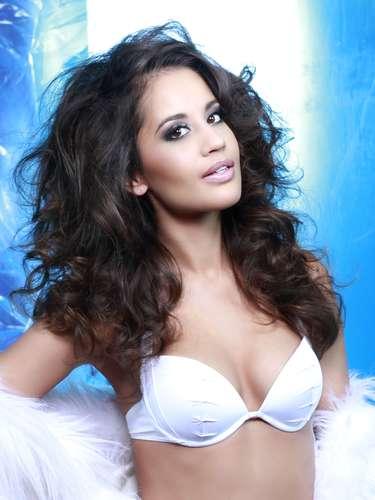 Miss Dinamarca - Cecilia Aisha Iftikhar. Tiene 26 años de edadmide 1.73 metros de estatura(5 ft 8 in) y reside en Kokkedal