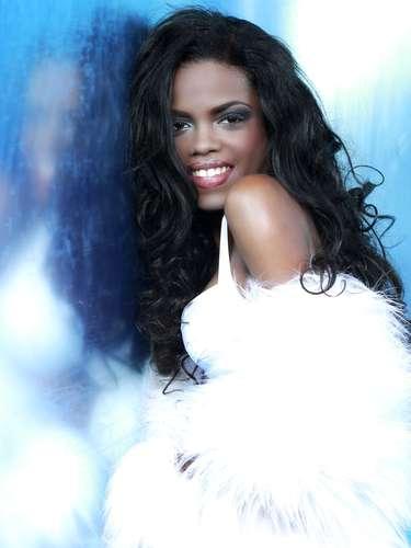 Miss Islas Vírgenes Británicas - Sharie De Castro. Tiene 21 años de edad, mide 1.65 metros de estatura (5 ft 5 in) y procede de Road Town.