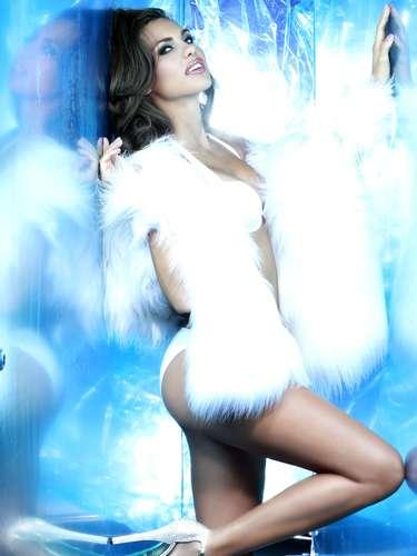 Miss Italia - Luna Voce. Tiene 25 años de edad, mide 1.78 metros de estatura (5 ft 10 in). Procede de Crotone.