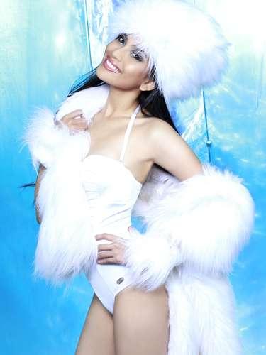 Miss Vietnam - Trng Th May. Tiene 25 años de edad y reside en Long Xuyen