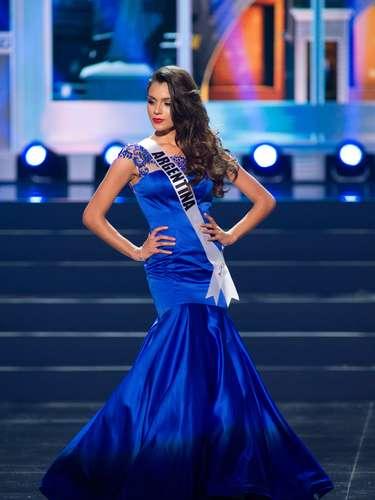 Miss Argentina - Brenda María González. Tiene 20 años de edad, mide 1.79 metros de estatura (5 ft 10 12 in) y procede de Rosario.