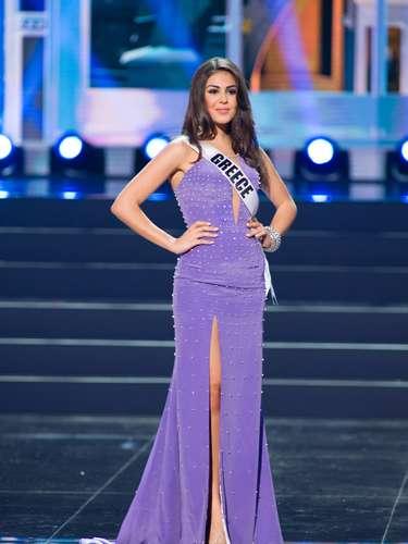 Miss Grecia - Anastasia Sidiropoulou. Tiene 20 años de edad, mide 1.73 metros de estatura (5 ft 9 in). Procede de Atenas