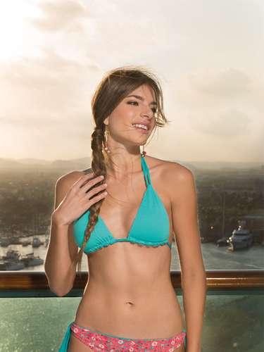 Señorita Cartagena D. T. y C. Juliana Dahl Vélez. Sus medidas: Busto: 84, cintura: 61, cadera: 90. Estatura: 1,70.