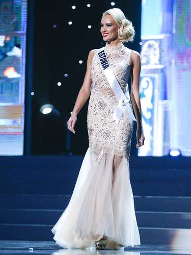 Este martes se celebró una fase preliminar de Miss Universo en la que las 86 candidatas desfilaron en traje de baño ycon el vestido de noche ante el jurado.Será el próximo sábado 9 de noviembre cuando se conozca a la mujer más guapa del universo.