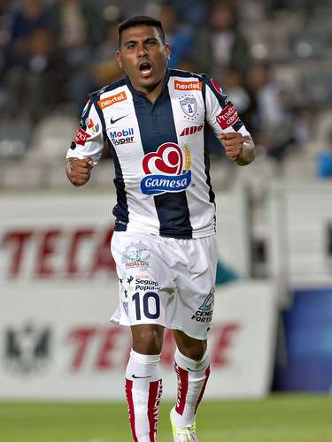 Daniel Ludueña joins Pumas in the first major signing.