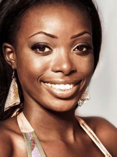 Miss Gabón - Filiane Mayombo Koundi, tiene 19 años de edad, mide 1.69 metros de estura (5 ft 6 1/2 in)y reside en Ogooué-Lolo.