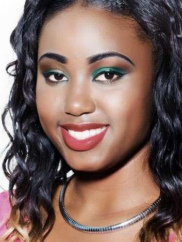 Miss Islas Vírgenes Británicas - Kimberly Herbert, tiene 18 años de edad, mide 1.70 metros de estura (5 ft 7vin)y reside en Roadtown.