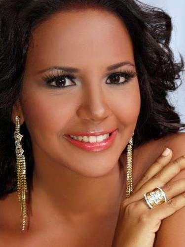 Miss República Dominicana - Maria Eugenia de los Santos, tiene 18años de edad, mide 1.73metros de estura (5 ft 8 in)y reside en San Juan de la Maguana.