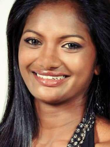 Miss Sri Lanka- Solange Kristina Gunawijeya, tiene 22 años de edad, mide 1.76 metros de estura (5 ft 9 1/2 in)y reside en Nugegoda.