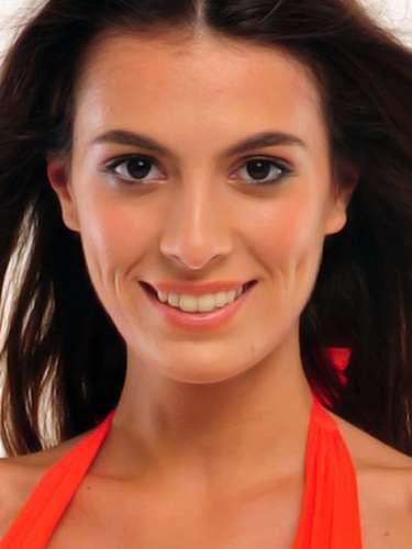 Miss Turquía - Ezgi Avci, tiene 21 años de edad, mide 1.79 metros de estura (5 ft 10 1/2 in)y reside en Estambul.