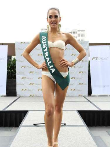 Miss Australia - Renera Thompson, tiene 26 años de edad, mide 1.70 metros de estura (5 ft 7 in)y reside en Sydney.