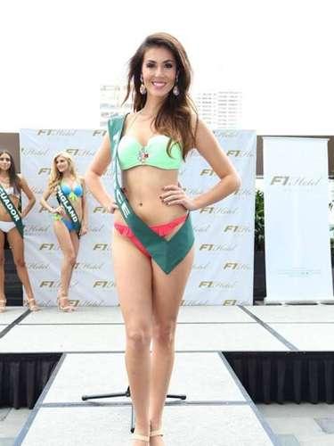 Miss Francia - Sophie Garenaux, tiene 22 años de edad, mide 1.75 metros de estura (5 ft 9 in) y reside en Harnes.