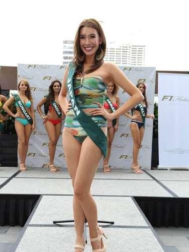 Miss Japón - Yu Horikawa, tiene 24 años de edad, mide 1.65 metros de estura (5 ft 5 in) y reside en Tokio.