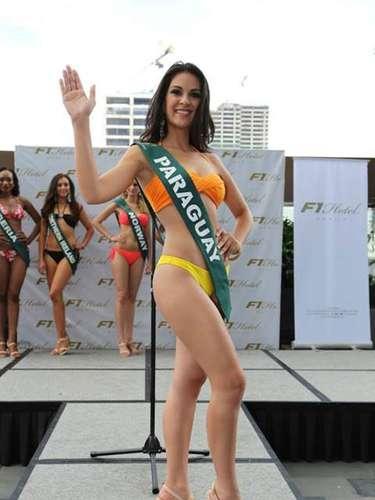 Miss Paraguay - Leticia Cáceres, tiene 23 años de edad, mide 1.72 metros de estura (5 ft 7 in)y reside en Itá.
