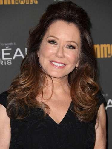"""Mary McDonnell (Primera Dama, Marilyn Whitmore): Pese a haber sido nominada a dos premios Oscar antes de ser parte de """"El día de la independencia"""", Mary McDonnell no ha tenido mayor trascedencia en el mundo del cine. Desde 1998 ha desarrollado gran parte de su carrera en la pantalla chica, donde ha participado de series como """"ER"""", """"Battlestar Galáctica"""", """"Grey's Anathomy"""", """"The Closer"""" y """"Mayor Crimes"""", la cual actualmente protagoniza."""