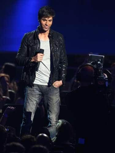 Enrique Iglesias presentó una categoría de nominados