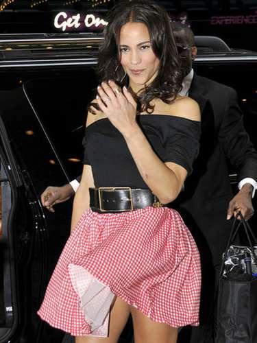 La esposa de Robin Thicke, Paula Patton,dejó a varios con la boca abierta cuando hizo su aparición en los estudios de MTV.
