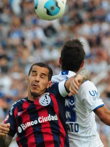 San Lorenzo empató con Vélez 0-0 en Liniers y se consagró campeón del Torneo Inicial 2013.