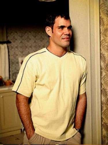 Adauto (Juliano Cazarré) - La segunda estrella del Club de Fútbol de Divino, después de Tufão. Trabaja como barrendero. Después de sufrir un desengaño amoroso con Muricy, ¿encontrará el amor?