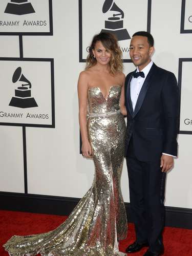 John Legen y su hermosa esposa en los Grammy