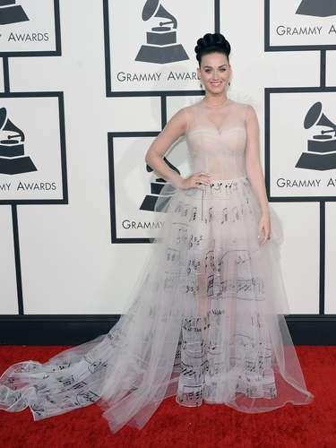 Katy Perry parecía una 'muñequita de pastel' pero aún así... ¡nos la comeríamos toda!