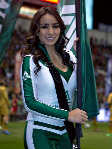 Week 6 did not lack in beautiful women as the Liga MX cheerleaders came out with beautiful smiles and outfits to light up the action in the Clausura 2014.