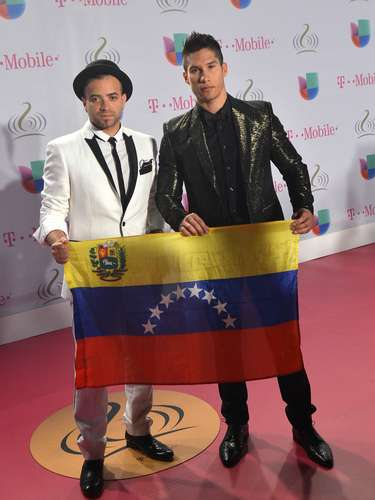 Chino y Nacho triunfó como mejor grupo de música tropical en Premio Lo Nuestro 2014, pero lejos de festejar pidió \