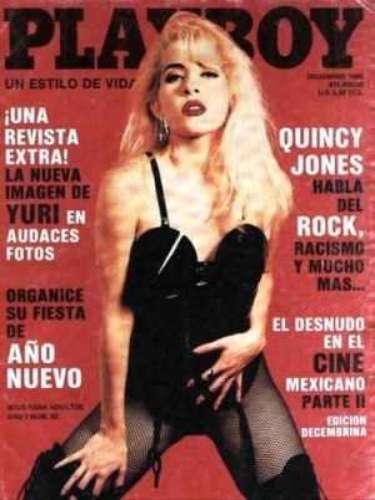 Yuri.- La rubia jarocha también es parte de la lista de mexicanas que se destapó. Ella lo hizo en diciembre de 1990, en la etapa más rebelde de su carrera, poco antes de protagonizar la telenovela \
